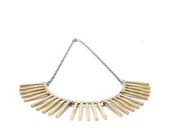 SALE // 30% off // striped necklace // brass