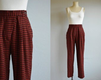 Vintage Plaid Pants / 80s Benetton High Waist Wool Plaid Pleated Pants / Red Black Plaid Made in Italy