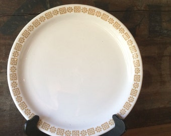 Dinner Plate with Daisy and Dot, Country Kitchen by Shenango China, 1975
