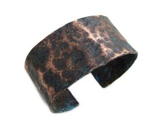 Wide Dark Copper Cuff Bracelet - Rustic Open Bracelet Cuff - Black Copper Patina Cuff - Hammered Copper Cuff Bracelet - Unisex Copper Cuff