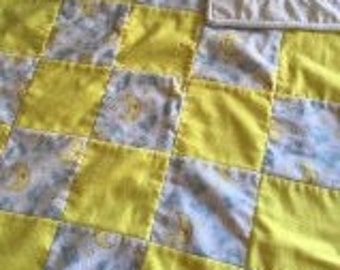 Sale Flannel baby blanket Machine quilted Lambs and Moon Yellow and White