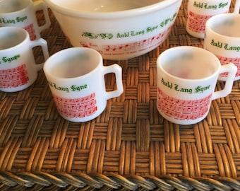 "Vintage Hazel Atlas Tom & Jerry ""Auld Lang Syne"" Punch Eggnog Bowl and 6 Matching Cups"