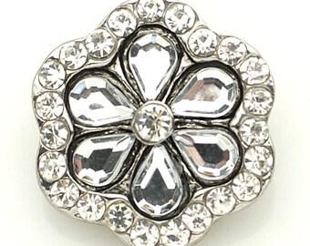 1 PC 18MM White Flower Rhinestone Silver Candy Snap Charm kb8877 CC1578