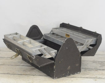 Vintage Kennedy  Kits 1117-AL Cantilever Tackle Box Tool Box Tool Chest