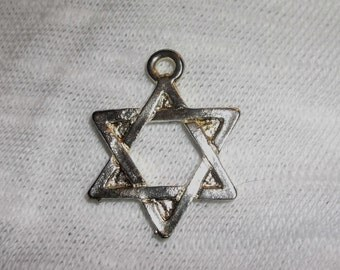 Lot of 10 silver Star of David charms