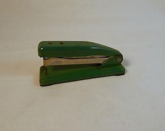 Green Stapler Wilson Jones Tatum T155 Vintage Classic Metal Industrial Office Supply