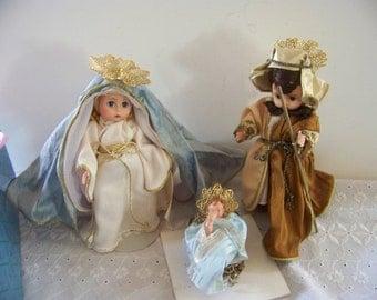 Holy Family Nativity set of 3 Madame Alexander