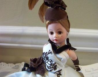 Cafe Rose Madame Alexander 10 inch doll #22203