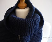 Navy blue scarf for men - Guys thick neck warmer - Knitted winter scarf
