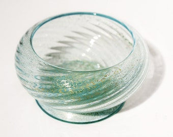 Small Swirl Relief Dish With Gold Leaf Flakes, 1950s