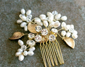 Ready to Ship - Gold Hair Comb, Gold Wedding Head Piece, Swarovski Crystals Freshwater Pearl Hair Comb, Gold Pearl Head Piece Rhinestone