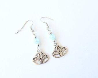 Lotus earrings. Lotus pendant Earrings. Silver pendant earrings. Lotus. Flower earrings. Linnepin010
