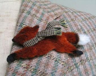 Fox Brooch/Running Fox/Woodland Animal/Animal Brooch/Fox Jewelry/Vintage Fox Brooch/Antique Velvet Fox Brooch/Autumn Brooch