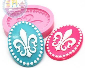 Fleur de Lis Cameo Cabochon 40x30mm Mold Bakery Flexible Chocolate Silicone Cookie Deco Cupcake Phone Case Food Safe 373L*
