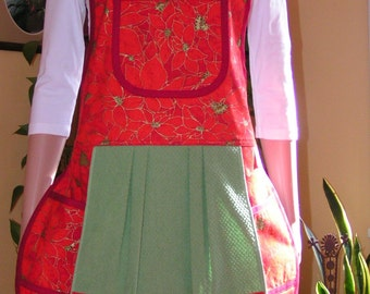Beautiful Poinsettia Christmas Apron - Mary's Harvest Thyme Aprons copyright 1997