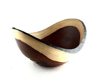 Wood Bowl No.160691- Coyote Natural Edge