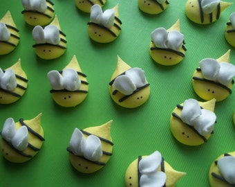 Royal icing bees  -- Edible handmade cupcake toppers cake decorations (12 pieces)