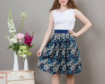Skirt Nina with flats with a blue floral pattern