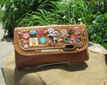 Art in The Bag Artsy Gal Tan Clutch Purse free shipping