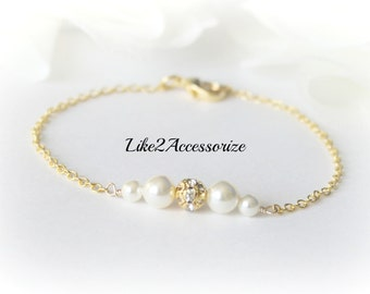 Bridal Bracelet, Swarovski Pearl Wedding Bracelet, White Ivory Bracelet, Wedding Jewelry, Bridesmaid Gift, Chain Pearl Bracelet, Rhinestone