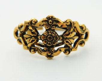Gold Floral Detail Adjustable Ring