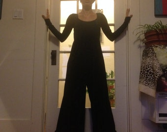 Vintage Betsy Johnson Black Velvet Jumpsuit Palazzo Pant Princess waist Stretchy