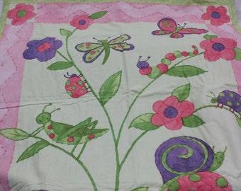 baby girl quilt/ baby garden bugs blanket/ crib quilt/ nursery wall hanging