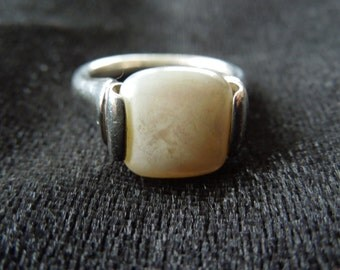 Vintage Silver Ring, White Stone Ring, Size 7, Stamped 925