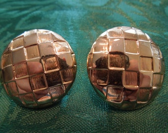 Vintage Clip Earrings, Shield Style, Gold Toned Lattice Type, Round.  Excellent Condition.