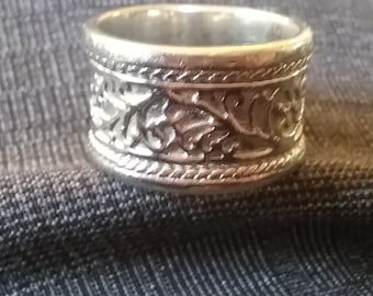 Filigree Wedding Band - Wide Wedding Band