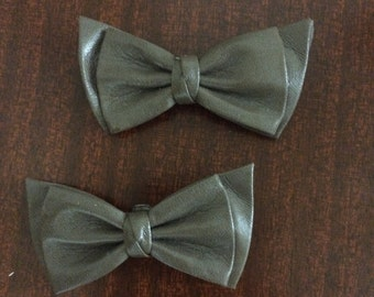 Vintage Pleather Bow Tie Clips
