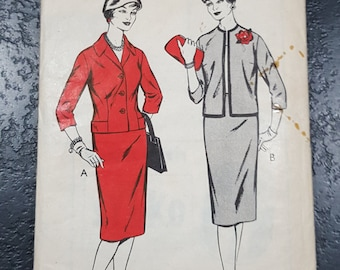 Vintage sewing pattern Woman W402 suit skirt jacket bust 36 inches 91cm Unused factory folded 1950s