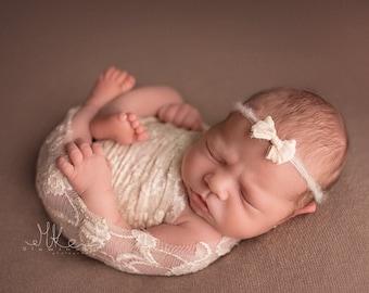 Newborn Lace Wrap, Newborn Photo Prop, Ivory Lace Wrap, Delicate Lace Wrap, Ivory Floral Stretch Wrap, RTS