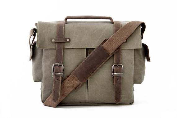 TRAIL Messenger Camera Bag / GreenCanvas