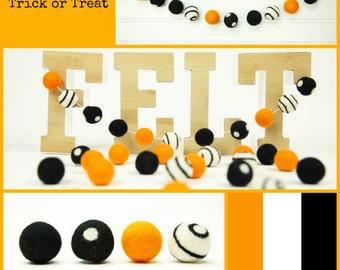 Felt Balls // Holiday Decoration // Trick or Treat Felt Ball Mixed Set // 30 balls // Size 2.5cm