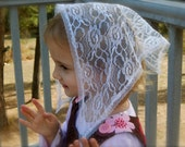White Child's Triangle Veil, PO#Zw04