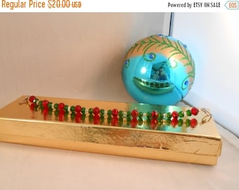 ON SALE Red and green crystal beaded bracelet,crystal beaded bracelet,Christmas colored bracelet