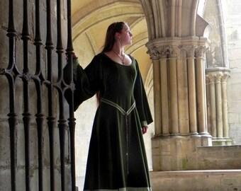 Medieval Middle Age velvet dress velvet dress