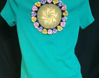 Pansies!!  Vintage Crochet T Shirt