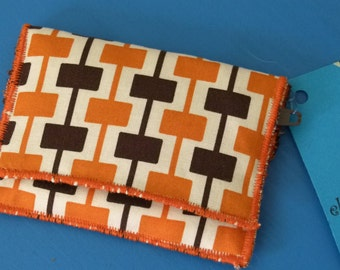 Credit card wallet for bills and coins - Orange, brown and white with retro geometric pattern
