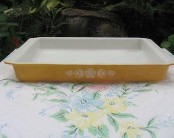 Pyrex Butterfly Gold Lasagna Pan Casserole Baking Dish 933