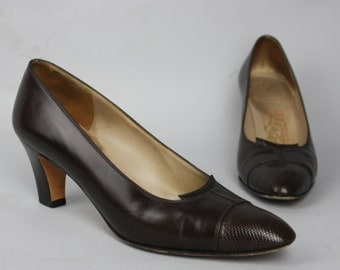sale! 1970s FERRAGAMO PUMPS | Vintage 70s Chocolate Brown Leather Heels | size 7