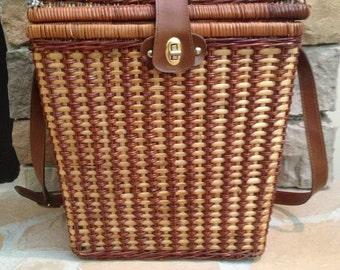 SALE / vintage woven wicker picnic basket