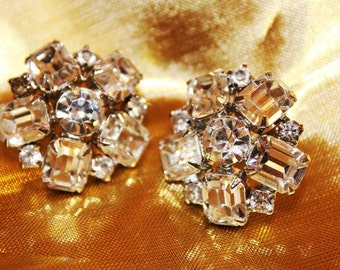 SALE! Exquisite Runway Bold Vintage Designer Couture Rhinestone Earrings E3