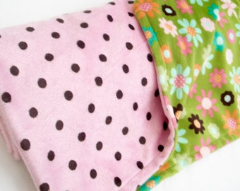 """Double Minky Blanket Flowers w/Pink &Brown Polka Dots  32""""x36""""     Ready to Ship"""