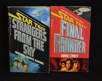 BOOK SALE! Vintage Paperback Lot of 2 Star Trek Books (Final Frontier & Strangers from the Sky)