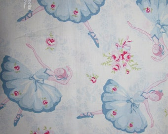 Fabric destash Rachel Ashwell Shabby Chic Ballet Rose 1 yd rare and OOP