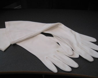 Vintage Hansen Mid Arm Length Cream Colored Nylasuede Ladies Gloves, In Original Package