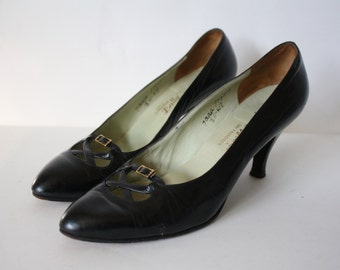 Vintage Black Leather High Heels / 1960s Bally Leather Pumps / Vtg 60s Black High Heels / Black Leather Heels / Vintage High Heels  6/6.5