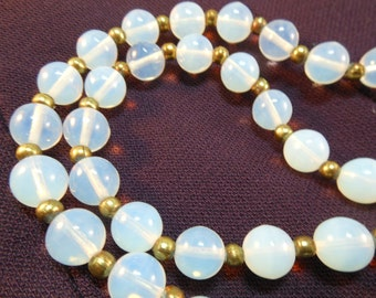 Vintage Opalescent Glass Beads Necklace